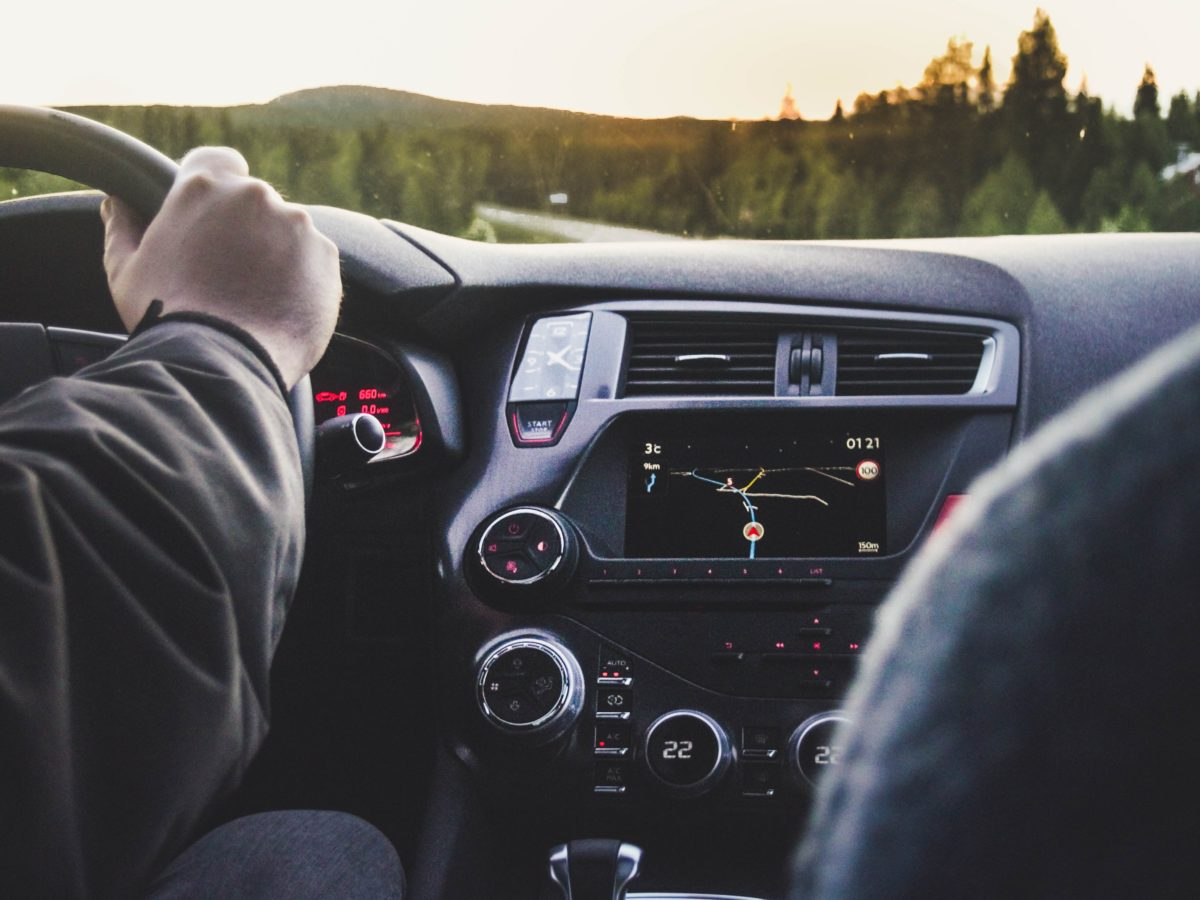 gps-voiture-integre